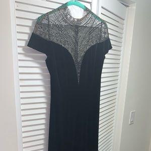 TADASHI SHOJI black velvet evening gown